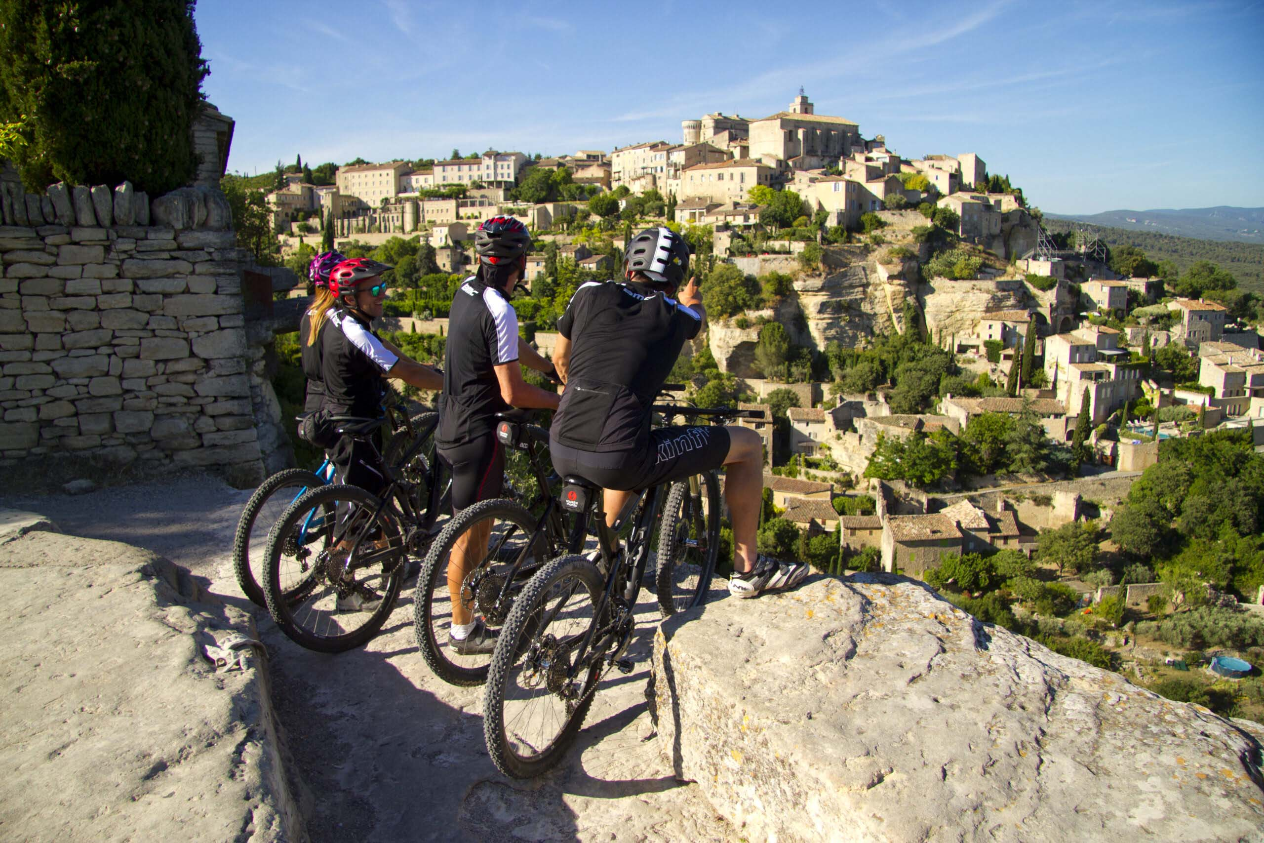 Private cycling tours in Provence